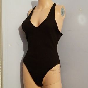 🎃NWOT F21 BLACK BODYSUIT MEDIUM